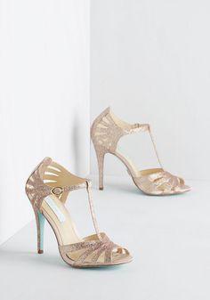 Betsey Johnson Footwear Go-Glitter Attitude Heel in Champagne