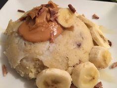 Hummmm super petit-dej que le mien ce matin!! un délicieux bowlcake banane et beurre de cacahuètes...trop bon!