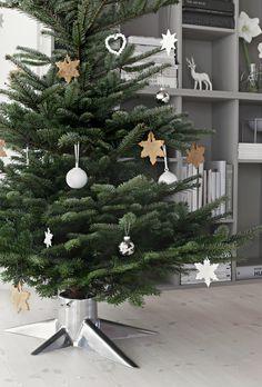 Christmas tree holder - Born in Sweden