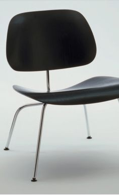 The LCM Plywood Chair is a design classic from Charles and Ray Eames.