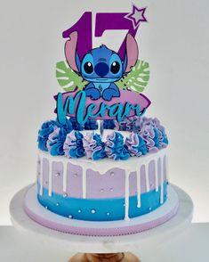 Lilo And Stitch Cake, Lilo Et Stitch, Luau Birthday, Birthday Dinners, Wedding Cakes With Cupcakes, Cupcake Cakes, Cake Designs Images, Beautiful Birthday Cakes, Disney Cakes