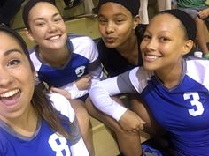 [9.15.16] Love these gurlies #selfie #volleyballfam #SarLeZaRae