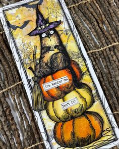 """Faerie Bower on Instagram: """"I've been wanting the snarky cats stamps by Tim Holtz for a while now and just got the Halloween Snarky cat stamp today and had to play…"""" Halloween 2, Halloween Cards, Stampers Anonymous, Tim Holtz, Faeries, Stamps, Play, Cats, Board"""