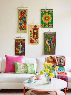 kitsch home wall art Sanna & Sania Diy Living Room Decor, Ideas Hogar, Deco Boheme, Granny Chic, Diy Décoration, Indian Home Decor, Retro Home, My New Room, Cottage Chic