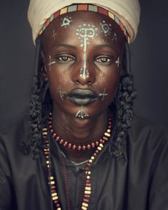 Young Wodaabe Man | Photo by Jimmy Nelson