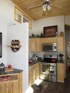 Floor Plan And Pictures Of The Athens RV Park Model 516