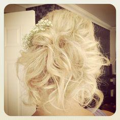 Bridesmaid messy hair up x