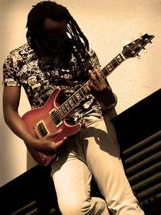 Sam Brisibe, (C) 2009 Daniel Retzl Music Photo, Music Instruments, Guitar, Photos, Pictures, Musical Instruments, Guitars