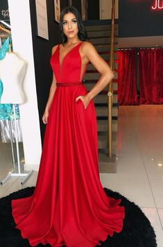 v neck satin long prom dress 2488 After School, Top Y Pollera, Vintage Shop, Prom Dresses, Formal Dresses, Different Fabrics, Dress For You, Perfect Fit, Satin