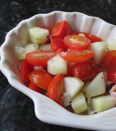 A WONDERFUL side dish to have with any meal and especially when the homegrown tomatoes and cucumbers are in season. Simple and easy preparation. Note that another choice of salad dressing is great when using this recipe. Veggie Dishes, Vegetable Recipes, Vegetable Salad, Healthy Snacks, Healthy Eating, Healthy Recipes, Easy Recipes, Marinated Cucumbers, Side Dish Recipes