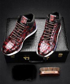 409119be334ac8 Handcrafted Men s Premium Alligator Skin Running Shoes