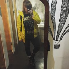 Plus Size all Black Outfit // Dr Martens, Yellow Coat, Band T-Shirt