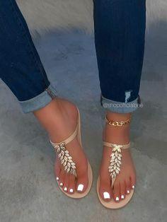 Pretty Sandals, Cute Sandals, Cute Shoes, Cute Flats, Dr Shoes, Shoes Flats Sandals, Heels, Flat Sandals, Fashion Slippers