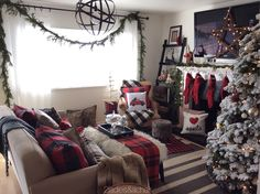 Come and visit each of 2 Ladies' homes for our Christmas Tour 2015. We're  inspired by Christmas plaid and Christmas traditions! We think you'll enjoy  it!