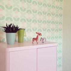 kinderbehang meisjeskamer mintgroen met roze www.roodborstje.eu