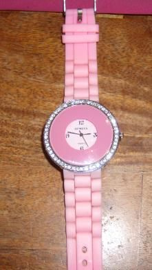 ~BLING BLING~ Sparkling Beautiful Pink watch!