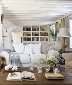 I love cozy and this room swims in home design design interior design 2012 design Cottage Living, Home Living Room, Living Spaces, Coastal Living, Style At Home, Home Interior, Interior Design, Modern Interior, Living Room Inspiration