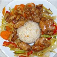 Orange Chicken Stir Fry ~ How many orange chicken recipes can I pin? Orange Chicken Stir Fry, Asian Recipes, Healthy Recipes, Healthy Food, Yummy Food, Asian Foods, Yummy Recipes, Recipies, Oriental