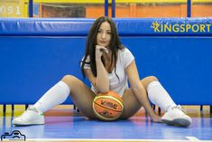Κάτια Αποστολίδου photoshooting from kingsport #katia #apostolidou #model #dancer #cheerleader #basketball #photomodel #gym #sexy #photos #photoshoot #photoshooting #queenofthemonth #kingsport #Kingsportgr Basket Ball, Football, Queen, Sexy, Sports, Hs Football, Hs Sports, Futbol, American Football