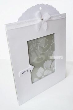 Simple & white photo frame ...  more: * www.facebook.com/themqps.art *