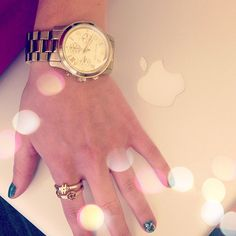 We most definitely need to get our hands on BB staffer in212's adorable stacked social media rings from @C. Wonder!