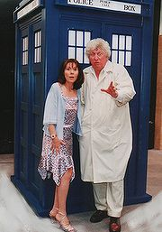 Oh Tom Baker & Elisabeth Sladen!
