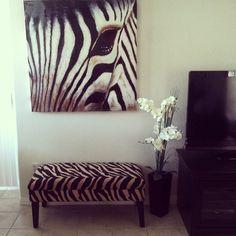 The painting? Nah. The chair? YEAAAAASSSSSSSHHHH!!!!
