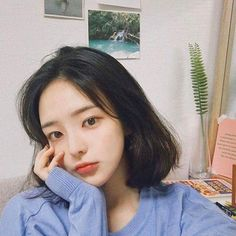 helping those rp'ers who needs to find a ulzzang to port ; Ulzzang Short Hair, Korean Short Hair, Ulzzang Korean Girl, Ulzzang Hairstyle, Ulzzang Girl Selca, Korean Beauty, Asian Beauty, Medium Hair Styles, Short Hair Styles