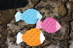 Lily: Download Free Pattern Details - Sugar'n Cream - Tropical Fish Dishcloth (crochet)