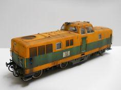 locomotiva tedesca V80 (Lima) riconvertita uso cantiere privata italiana. Il modello è stato completamente riverniciato e modificato come quello originale da me.