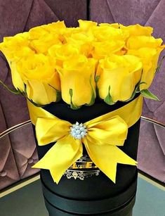 Note to Tony. Rose Arrangements, Beautiful Flower Arrangements, Fall Flowers, Flowers Nature, Bouquet Box, Box Roses, Flower Seeds, Flower Boxes, Mellow Yellow