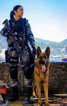 Polícia feminina