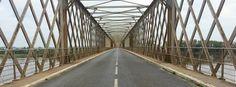 Sur le pont de Mauves sur Loire
