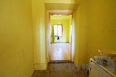Felújítandó kis lakás Oversized Mirror, Furniture, Home Decor, Decoration Home, Room Decor, Home Furnishings, Home Interior Design, Home Decoration, Interior Design