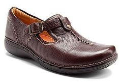 bf70880b8 Clarks Structured Womens Shoes - For many years women suffered in their own  shoes which looked great but pinched their fee