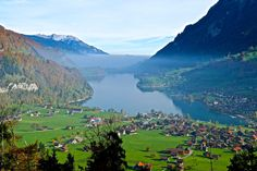 The most beautiful lakes in Switzerland - Lungernsee http://www.myhammocktime.com/2015/10/30/the-most-beautiful-lakes-in-switzerland-so-far/