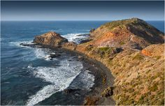 Surrounded by the waters of Bass Strait, Port Phillip, and Western Port, Cape Schanck is a wonderful snorkeling spot located at the southern end of the Mornington Peninsula in Victoria. The area on the eastern side facing Port Philips is protected by the cape and can be safely dived during a southwesterly swell. The average…