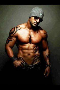 The Sexy John Abraham! Tatoo Henna, Black Dagger Brotherhood, Motorcycle Men, John Abraham, Raining Men, Book Boyfriends, Movie List, 2 Movie, Movie Stars