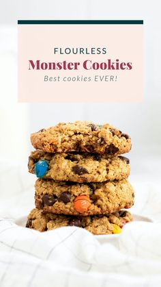 These flourless monster cookies are made with oats, peanut butter, chocolate chips, and M&M's. They're soft, chewy, and so delicious. Healthy Cookie Recipes, Healthy Cookies, Fun Cookies, Healthy Desserts, Baking Recipes, Healthy Food, Healthy Eating, Chocolate Protein Bites, Chocolate Chips