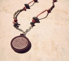 Embroidery hoop boho necklace with twine and beads. #embroideryhoop #woodenhoop #boho #bohemianlook #bohojewelry #jewelry #jewellery #twine #artika #katerinaharbi #summerstyle #artjewelry #greekdesign #red #beads