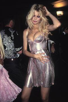 Claudia_Schiffer_soiree_Gianni_Versace_au_Ritz_Cf_1994_007