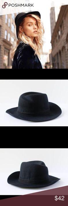 Jack & Lucy Bicoastal Black Wide Brim Hat Jack & Lucy Bicoastal Black Wide Brim Hat  Wool. Adjustable. Jack & Lucy Accessories Hats