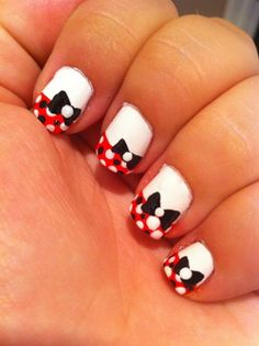 Minny Mouse Nail Design