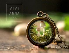 In this magical miniature terrarium trailer, two small mushrooms fight their way through a bed of forest moss. These mushrooms absorb light throughout the day and then glow in the evening, so it looks Wonderland, Deco Nature, Terrarium Necklace, Moss Terrarium, Diy Resin Crafts, Schmuck Design, Resin Jewelry, Jewlery, Weird Jewelry