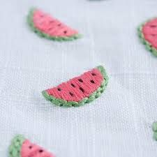 Diy Embroidery Designs, Embroidery On Clothes, Simple Embroidery, Hand Embroidery Stitches, Cross Stitch Embroidery, Sewing Art, Sewing Crafts, Broderie Simple, Inspiration