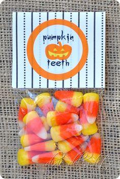 Cute free printable Pumpkin Teeth Halloween Trunk or Treat Corn Festival treat idea using candy corn - candy corn crafts for kids and free printables