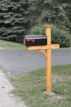 Newberry Mailbox Post In Cedar With A Oil Finish Woodhouse