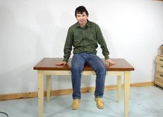 Building a simple table, in pictures