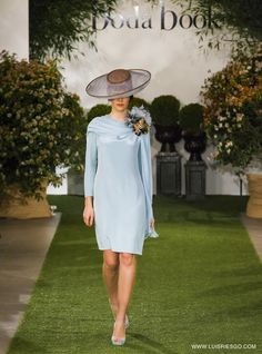 Royal Fashion, New Fashion, Womens Fashion, Day Dresses, Summer Dresses, Wedding Dresses, Races Fashion, Mother Of The Bride, Wedding Styles