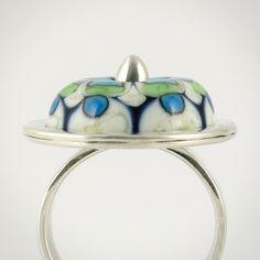 Bowerbird Studio/Tabitha Pearson: Handmade lampwork glass bead, set in sterling silver.